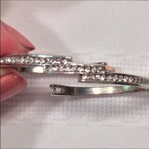 "18kt Gold Plate Bracelet w/Chrystals 2.25"" Sm"